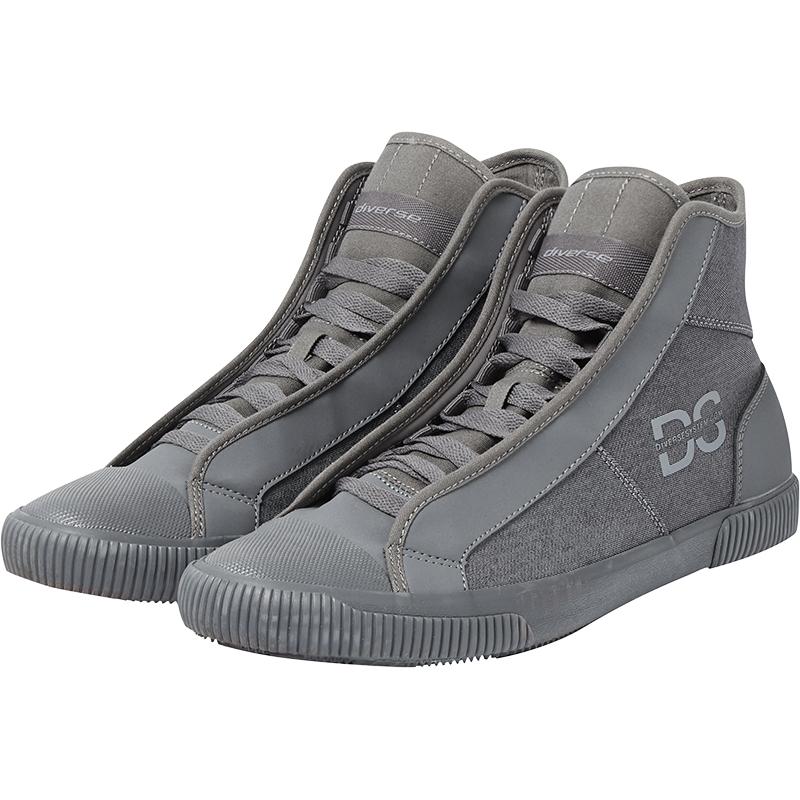 DIVERSE - buty za kostkę z aplikacją na boku